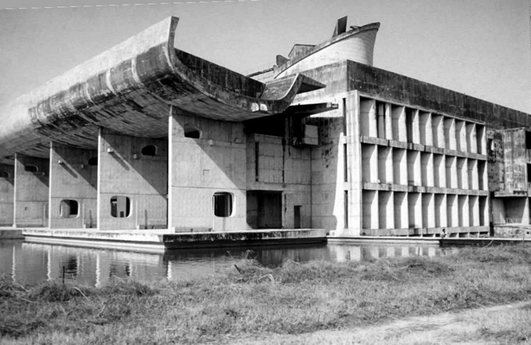AD Classics: Palace of the Assembly / Le Corbusier, © Nicholas Iyadurai