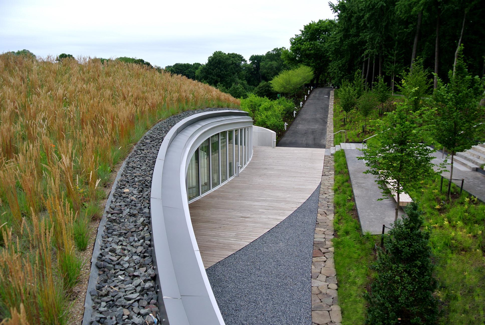Brooklyn Botanic Garden Visitor Center / WEISS/MANFREDI Architecture/ Landscape/ Urbanism ...
