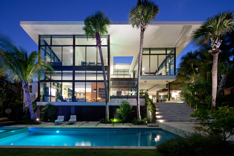 Residencia en Coral Gables / Touzet Studio, Courtesy of Robin Hill