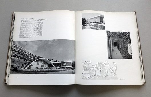Latin American Architecture Since 1945 by Henry-Russell Hitchcock. Image © John Hartmann