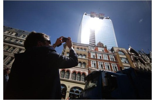 "The Walkie-Talkie by Rafael Vinoly, more recently dubbed the ""fry-scraper"". Image Courtesy of Metropolis Magazine"