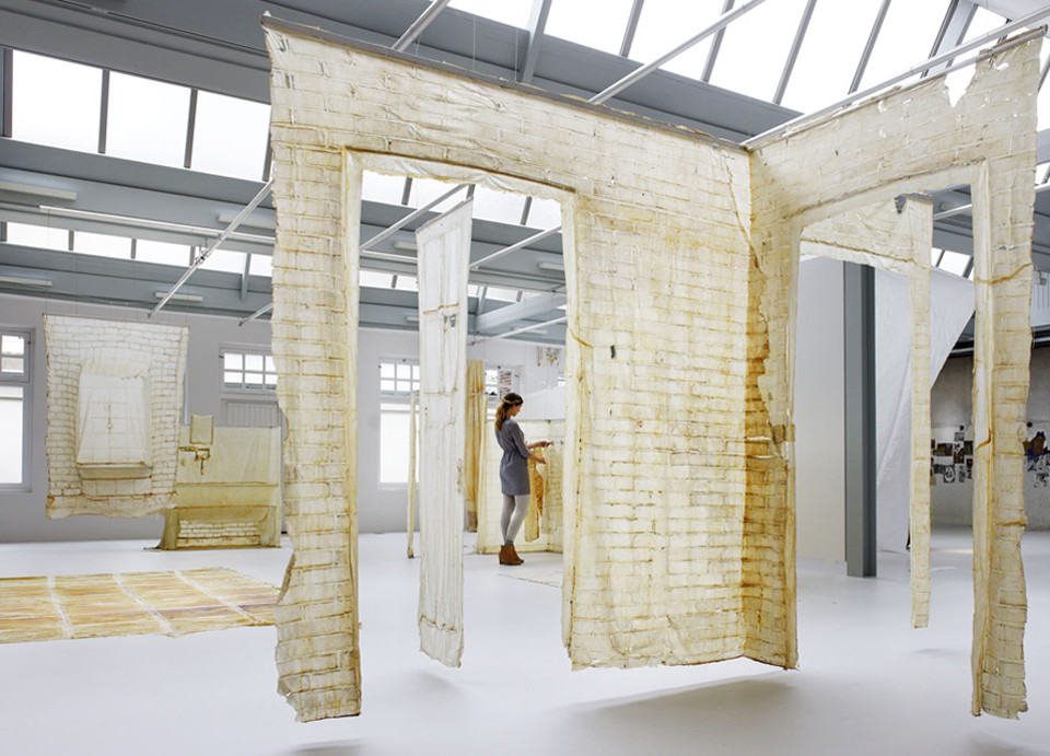 Arte y Arquitectura: Skinned – la piel de la arquitectura en ruinas por KNOL Ontwerp, © Rob 't Hart