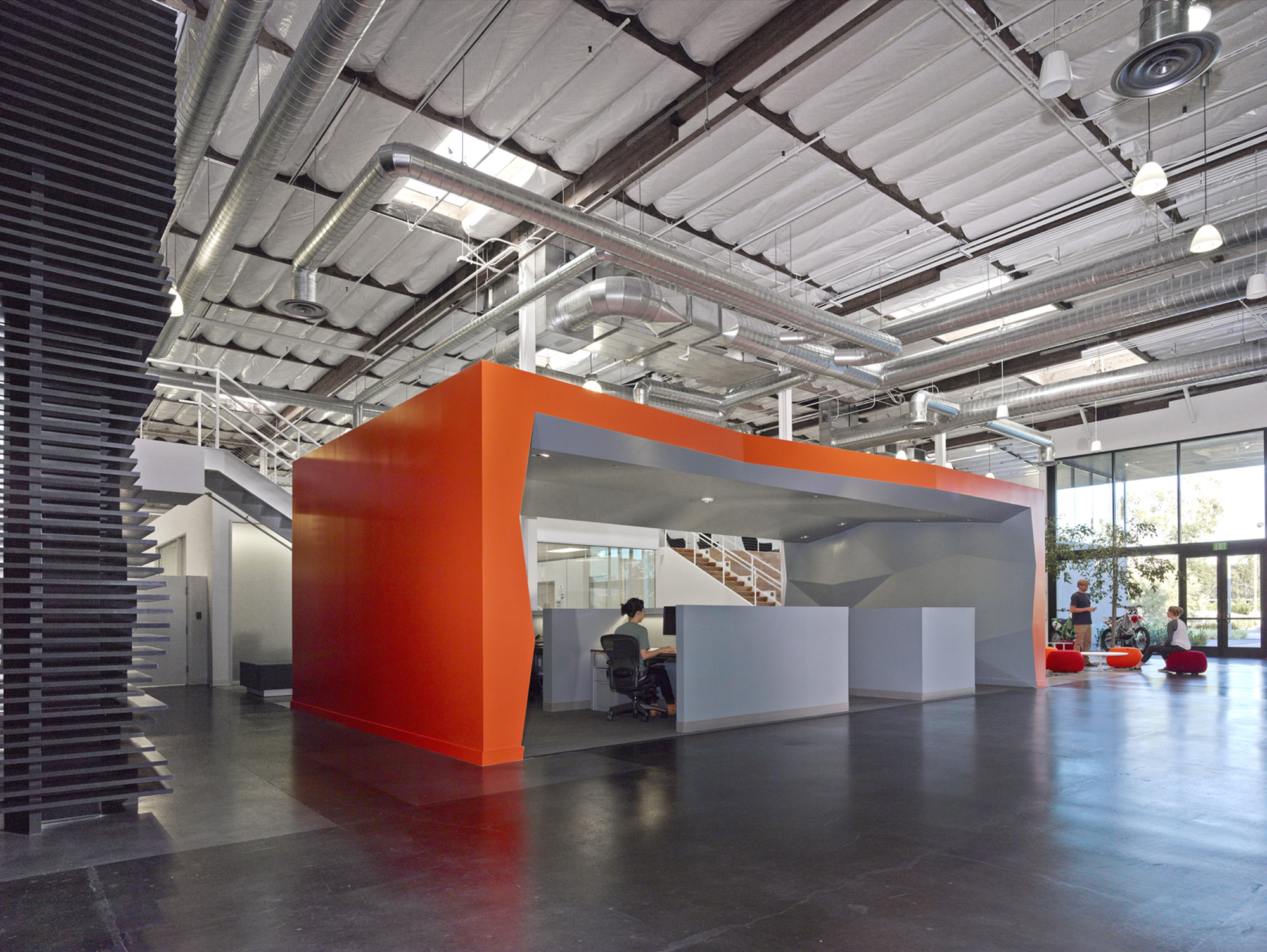 Gallery of fox head clive wilkinson architects 20 for Office design dezeen