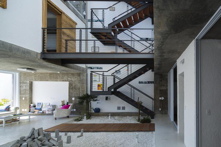 Residencia M&M / Bonina Arquitetura, © Tony Chen