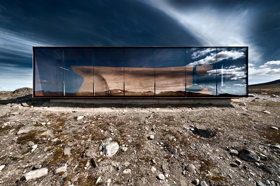 Exterior. Image © Ken Schluchtmann via Arcaid Images