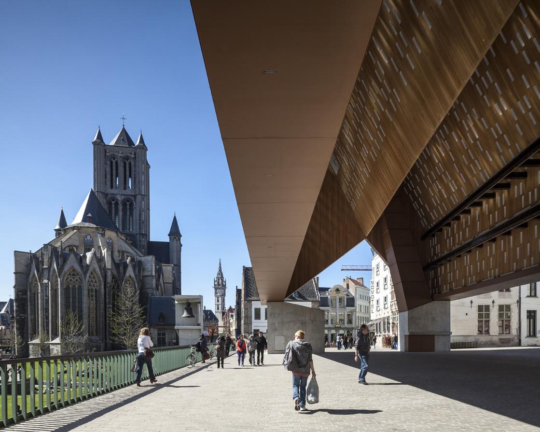 Edificio en Uso. Image © Tim Van DeVelde via Arcaid Images