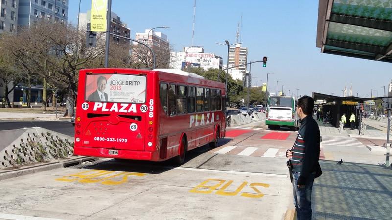 Metrobus / Buenos Aires. Imagen © André Jacobsen