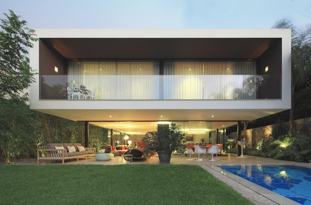 Casuarinas' House / Metropolis, © Juan Solano