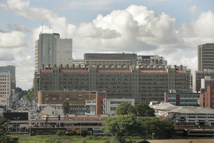 Eastgate Centre / Mick Pearce. Image © David Brazier