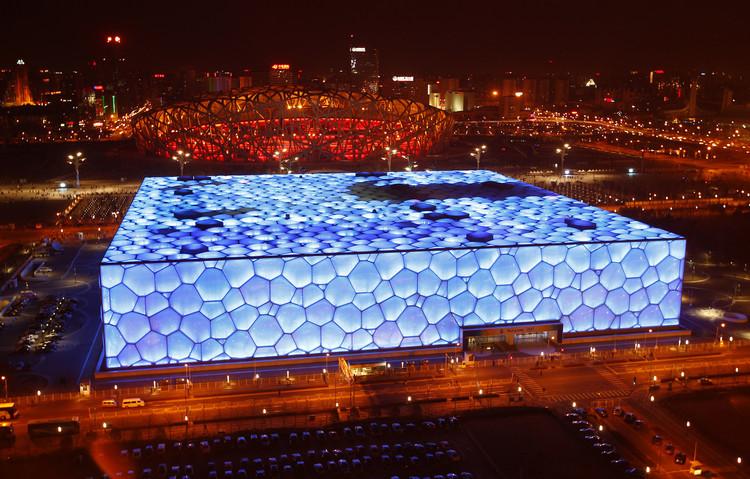 Centro Acuático Nacional de Beijing / PTW Arquitectos. Image © David Gray/Reuters /Landov