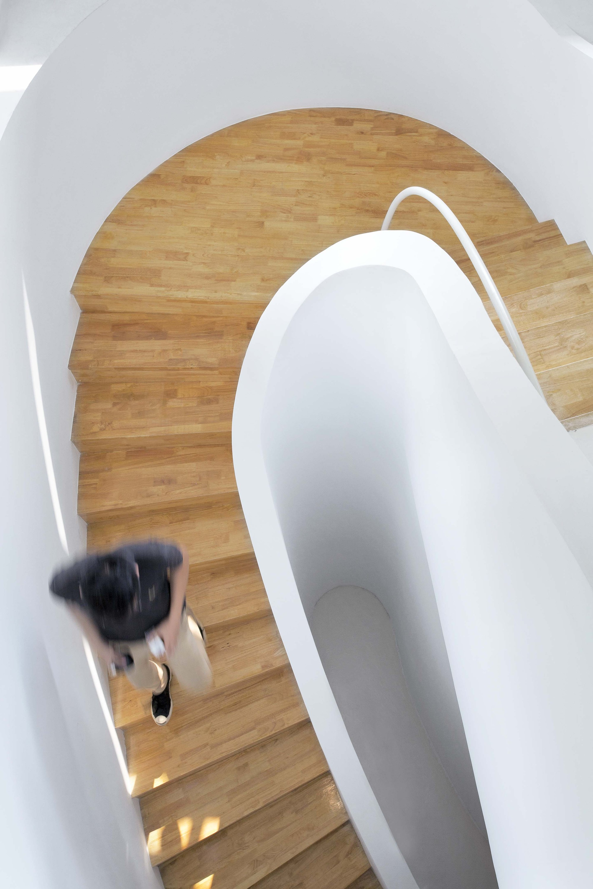 Gallery of office renovation in hangzhou daipu for U shaped architecture