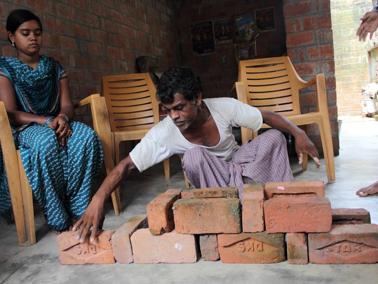 La ONU premia 17 gestos de diseño e iniciativas en favor del medio ambiente, Capacitación para el diseño de Viviendas Resilientes a Inundaciones en India. Image © ONU