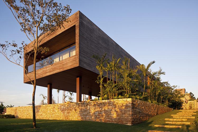 Residencia CT / Bernardes + Jacobsen Arquitetura, © Leonardo Finotti