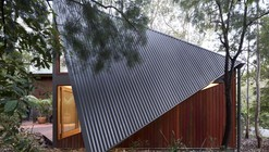 South Durras House / Fearns Studio