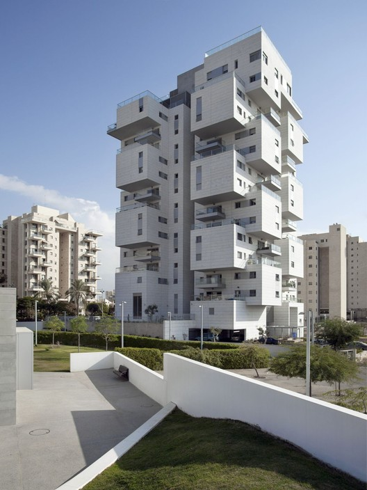Z Design Building Ami Shinar Amir Mann Archdaily