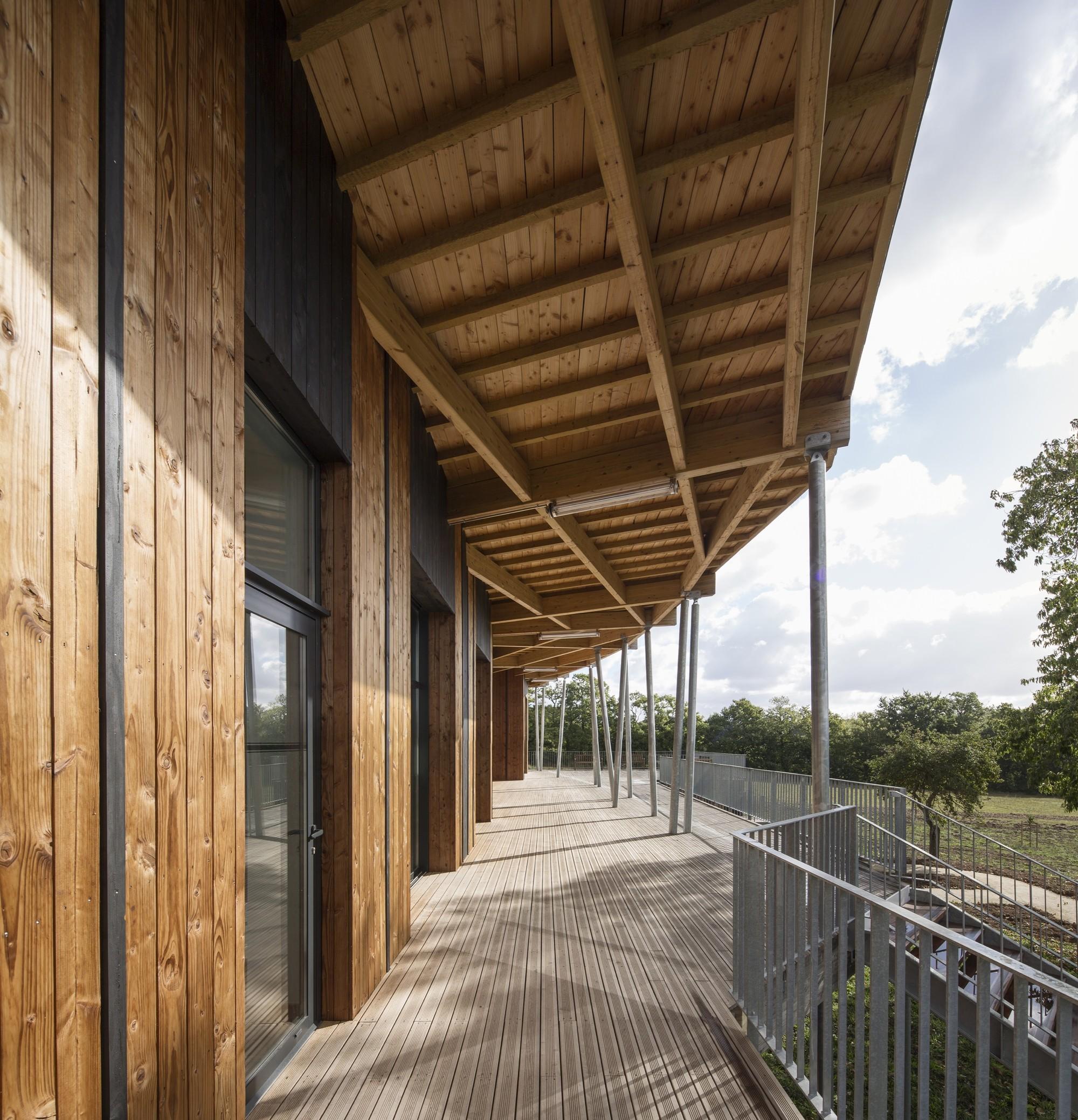 Galer a de vivienda para mayores concoret nomade for Architecture nomade