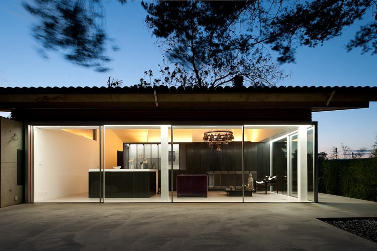 Extensión y Transformación de una Casa en Geneva / LRS Architectes, © Thomas Jantscher