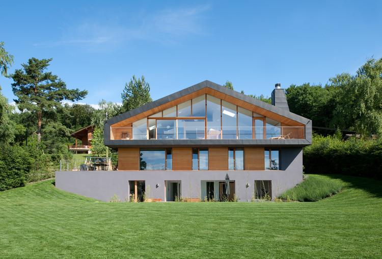 Construcción de una casa en Genolier / LRS Architectes, © Thomas Jantscher