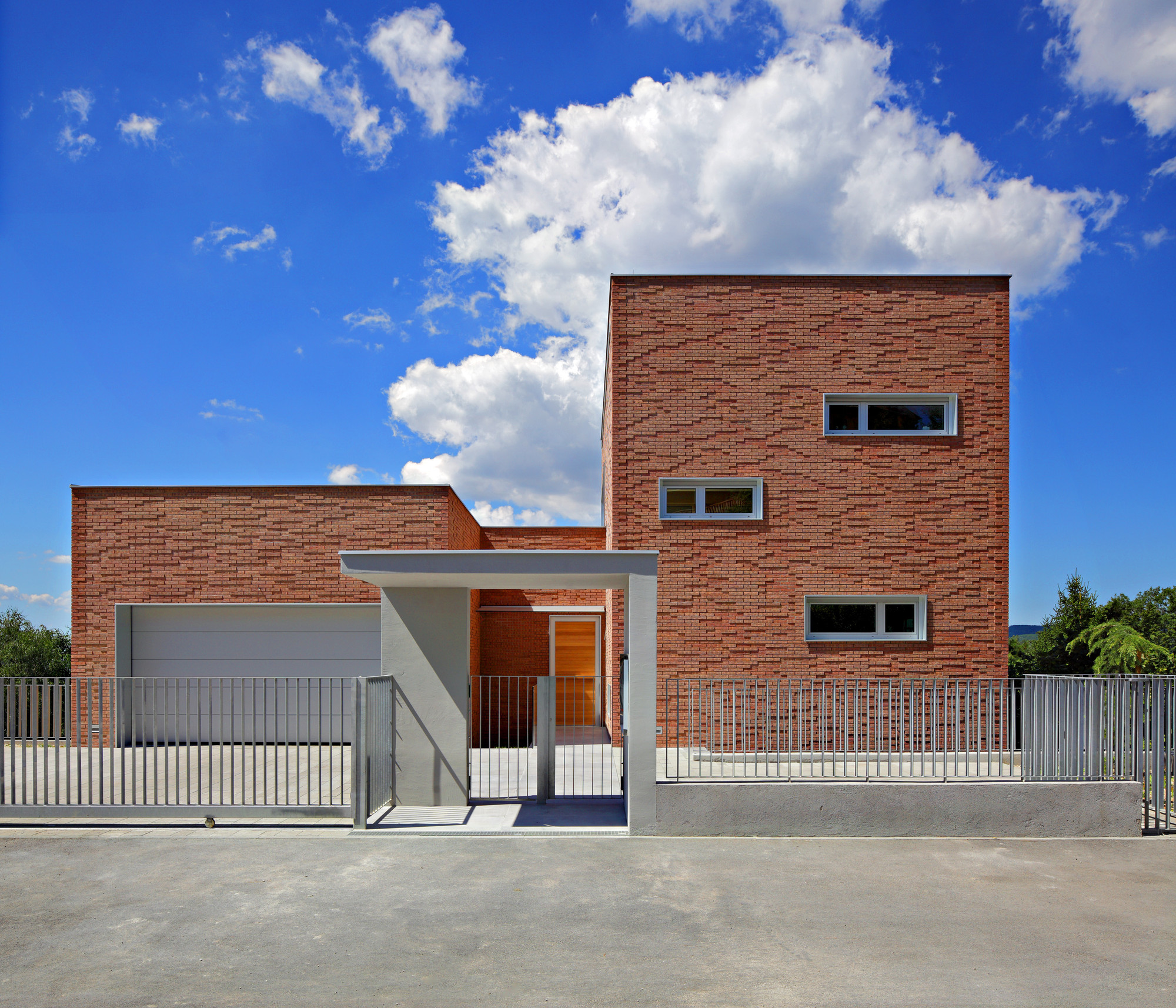 House In Serdarova Street / Dva Arhitekta, © Robert Les