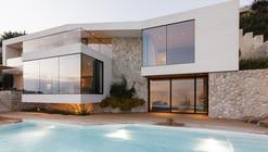 House V2 / 3LHD