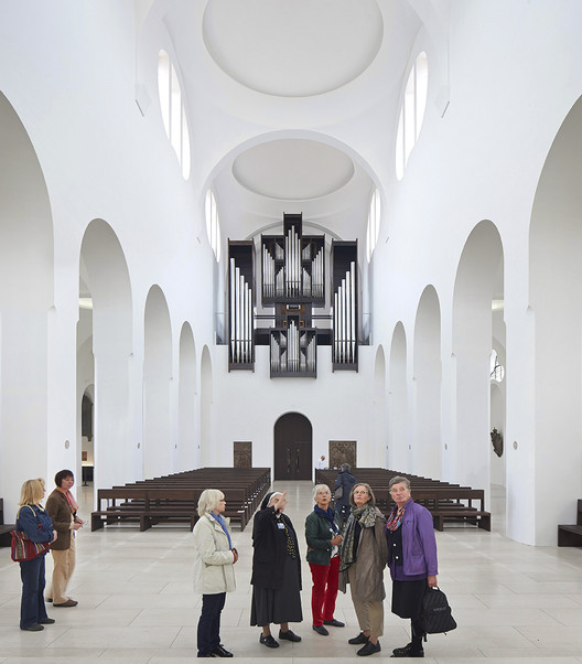 Interior Remodeling of St. Moritz Church / John Pawson, © Hufton+Crow