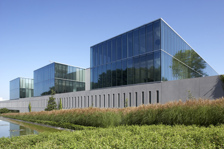 Telindus Haasrode / Crepain Binst Architecture, Cortesía de Crepain Binst Architecture