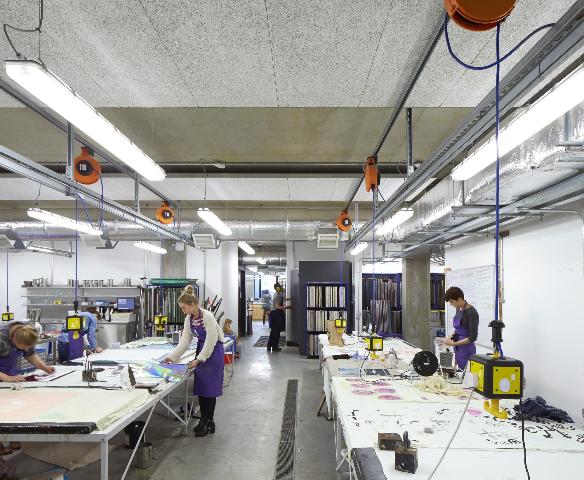 Gallery Of Manchester School Of Art Feilden Clegg Bradley Studios 27