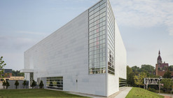 MUSEUM OF WISCONSIN ART (MOWA) / HGA Architects and Engineers