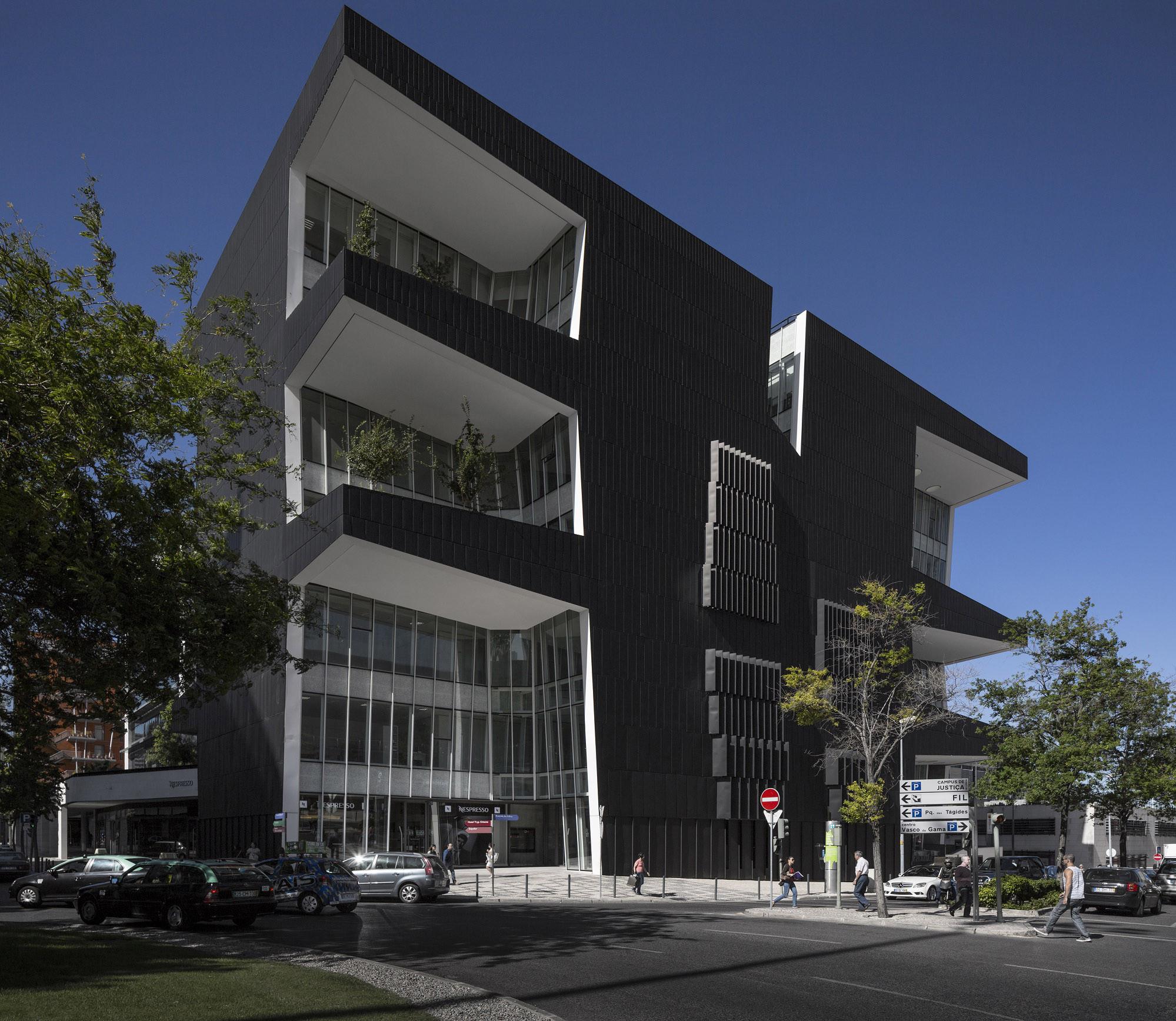 Mythos Building / ARX, © Fernando Guerra I FG+SG