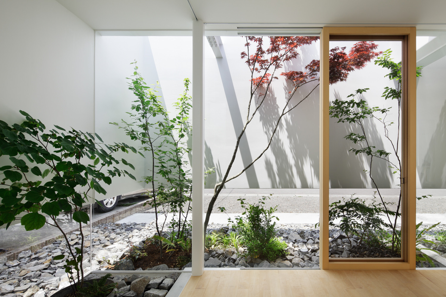 Gallery of green edge house ma style architects 4 for Japanese indoor garden design
