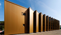 Golden Hall / A4 Studio