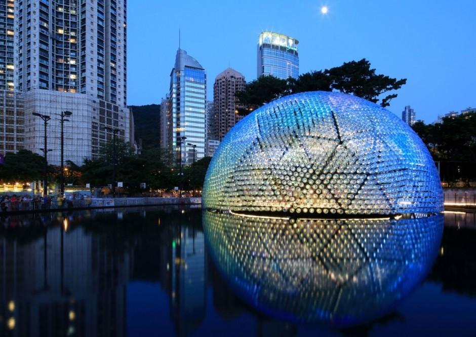 Pabellón en Hong Kong se construye a partir de 7.000 botellas recicladas, Cortesía de Via i-ref