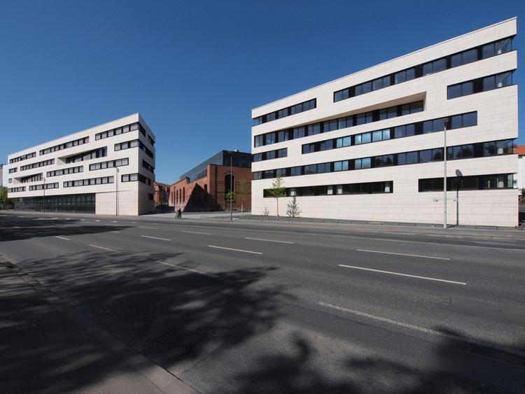 Edificios Institucionales de la Universidad de Kassel / ATELIER 30, © Thomas Fischer