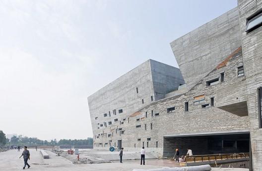 Museo de Historia en Ningbo / Wang Shu, Amateur Architecture Studio. Image © Iwan Baan