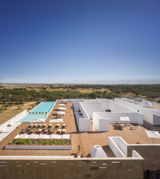 Ecork Hotel / José Carlos Cruz, © Fernando Guerra I FG+SG