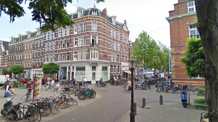 O bairro está hoje muito diferente. As ruas foram concebidas mais como lugar de permanência que como lugar de passagem.