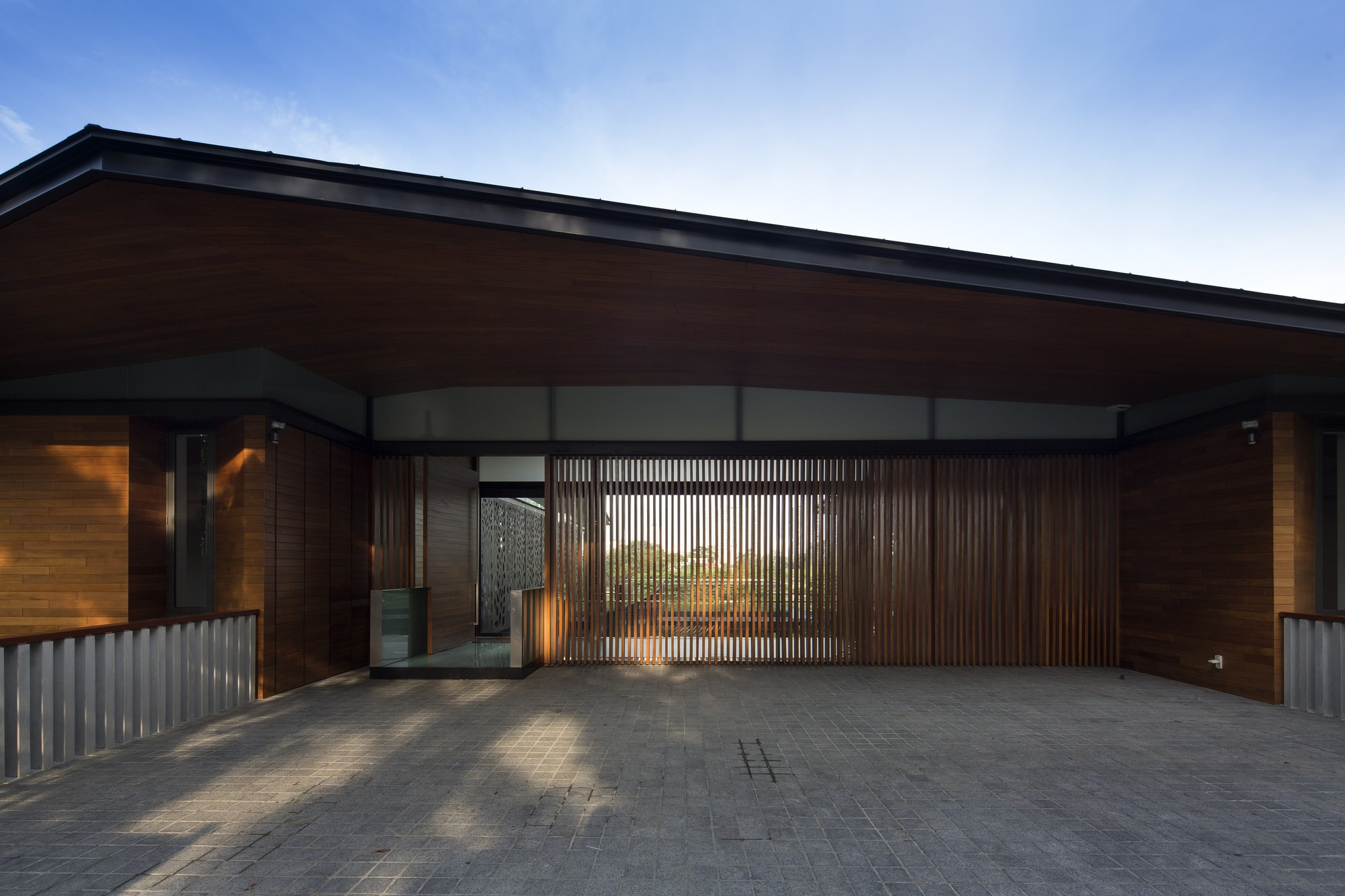 Gallery of hillside house ar43 architects 3 for Hillside architecture