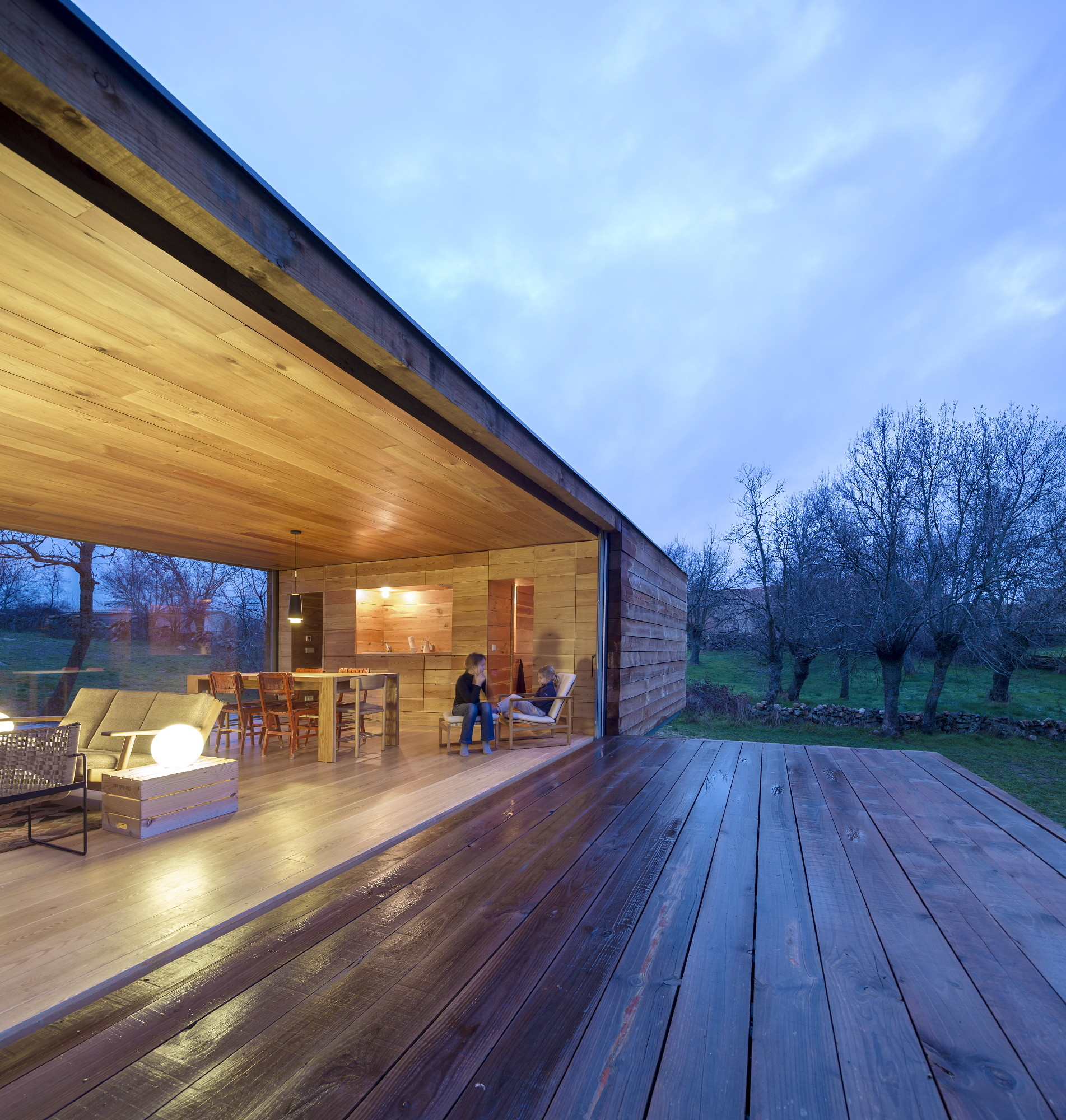 Gallery Of B House Ch Qs Arquitectos 11