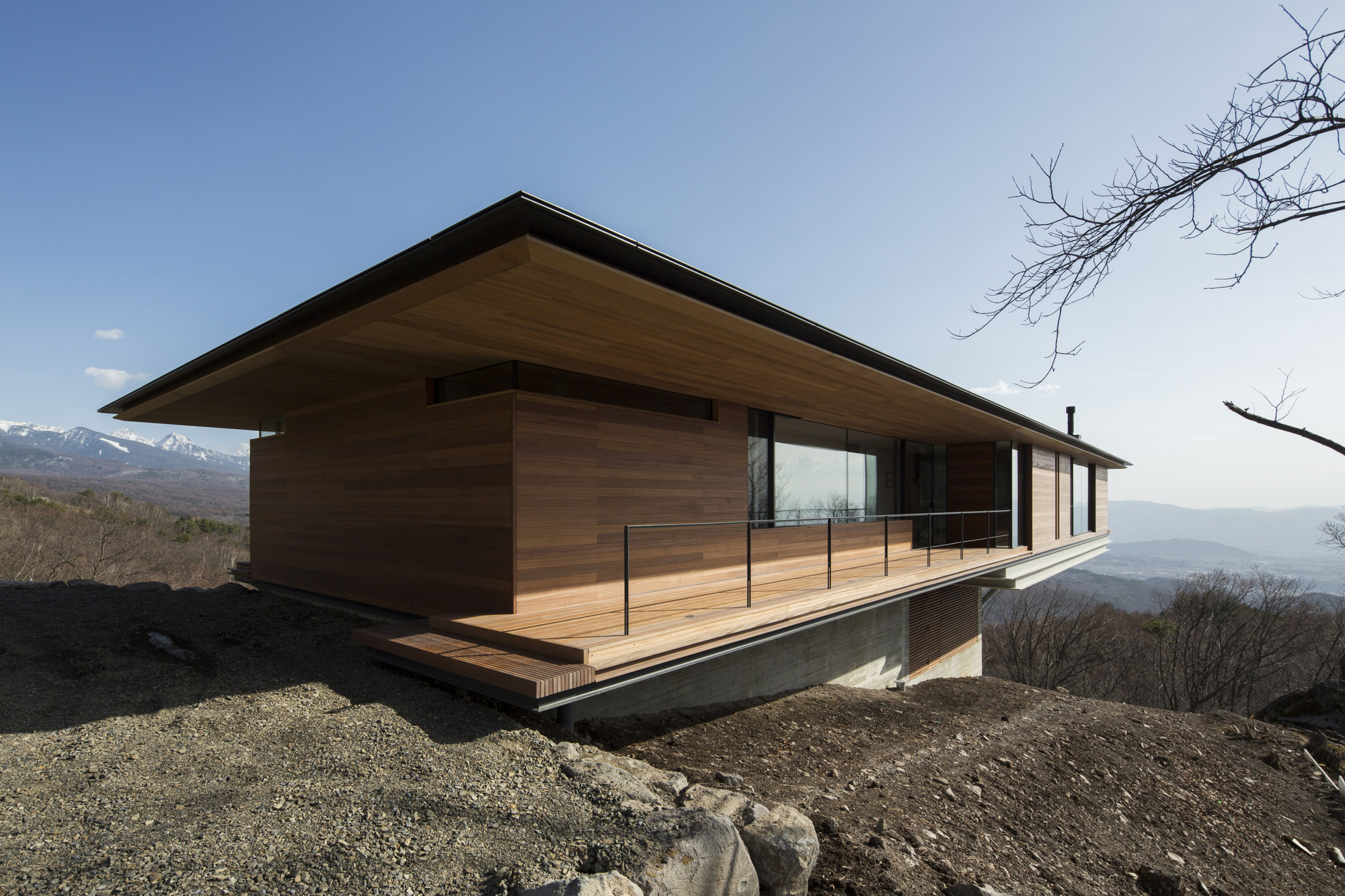 House in yatsugatake kidosaki architects studio archdaily for Mountain home architects