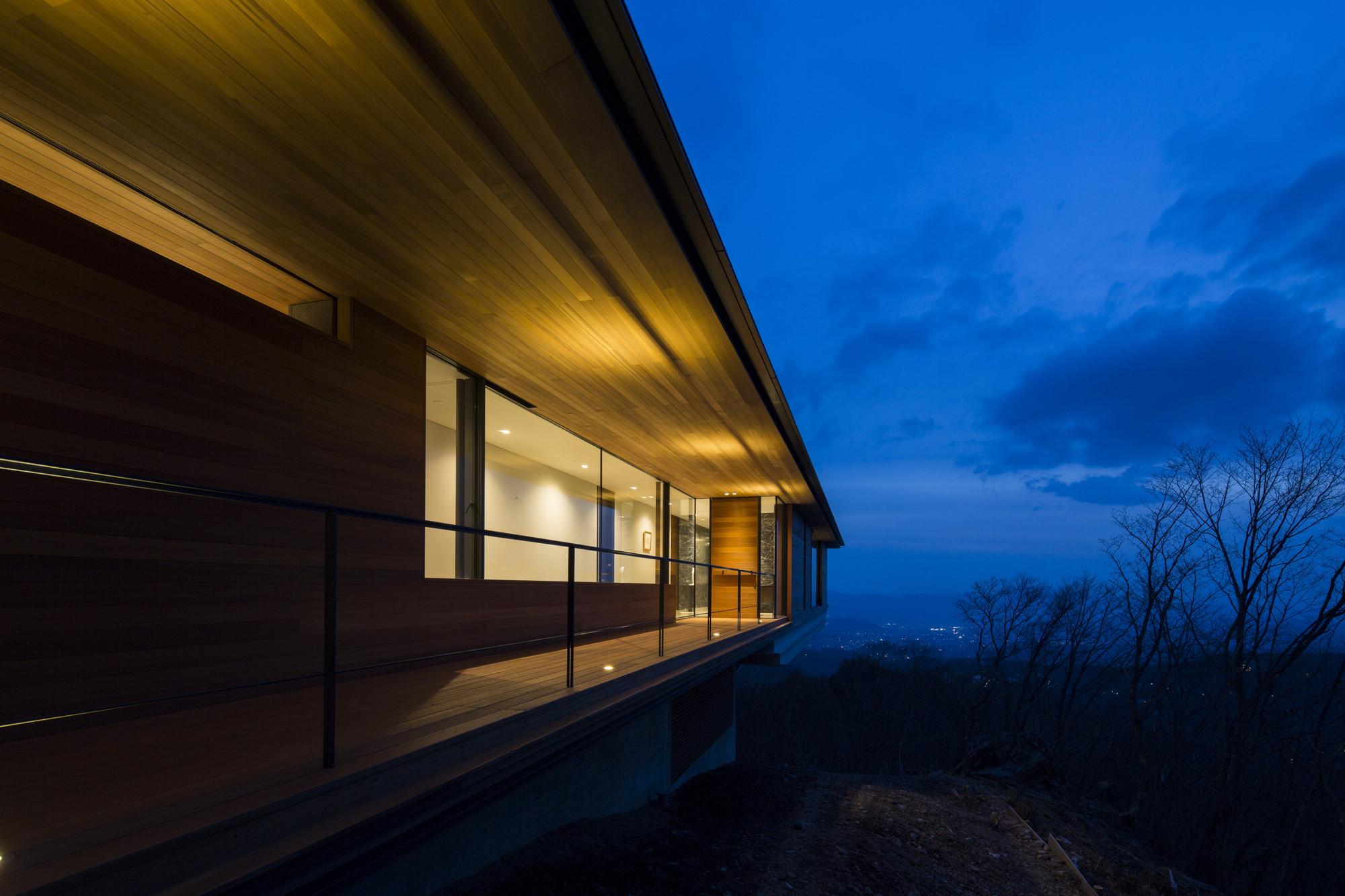 galeria de casa em yatsugatake kidosaki architects studio 8. Black Bedroom Furniture Sets. Home Design Ideas