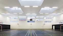 Marie Paradis Gymnasium / Explorations Architecture, Igrec Ingénierie