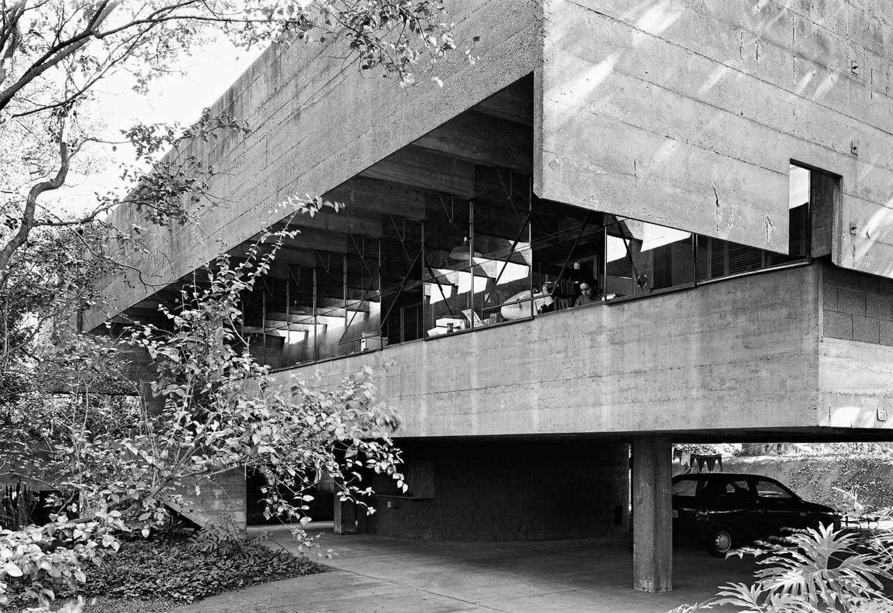 Clásicos da Arquitectura: Casa en Butantã / Paulo Mendes da Rocha y João de Gennaro, © Nelson Kon