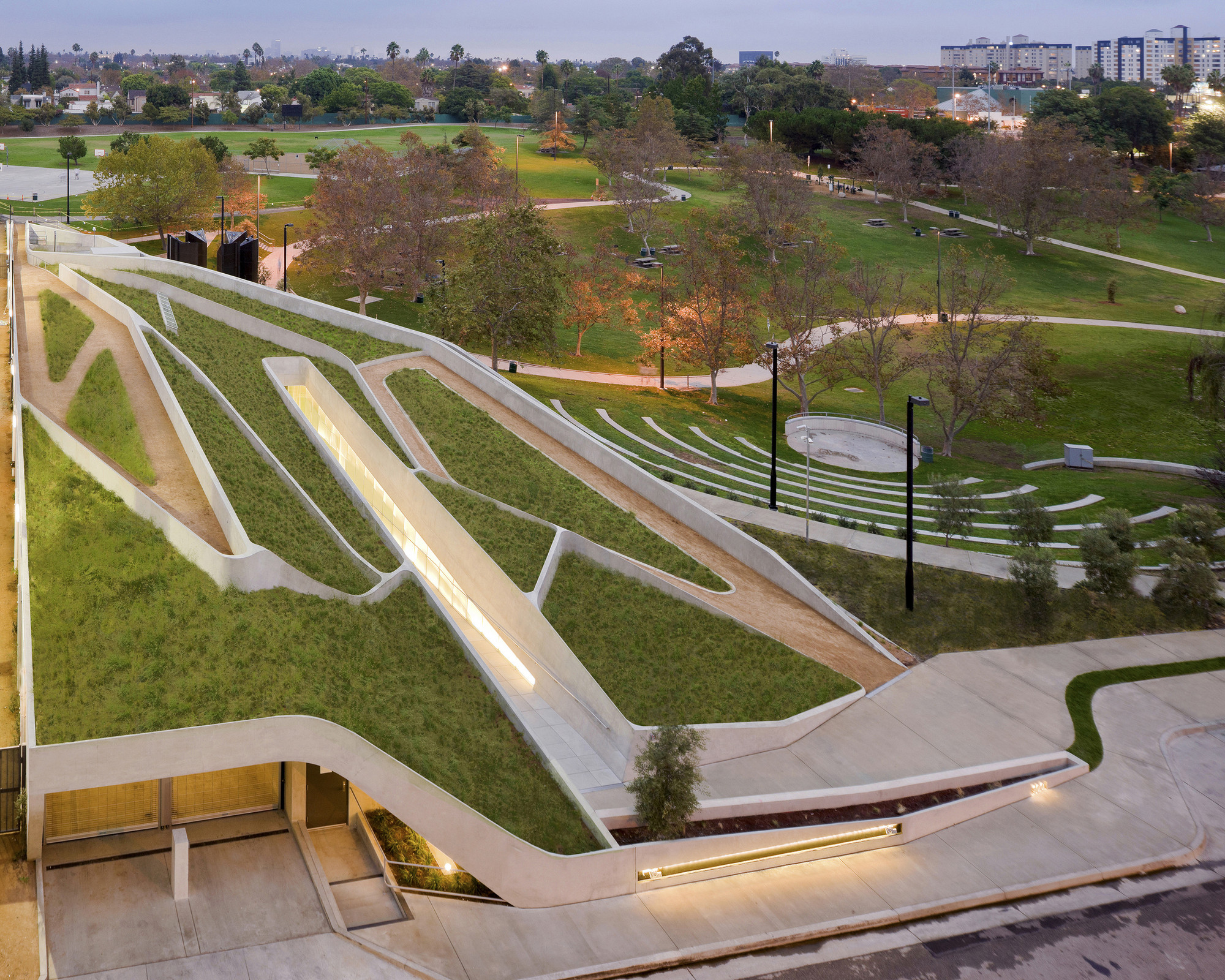 The Los Angeles Museum of the Holocaust / Belzberg Architects © Iwan Baan