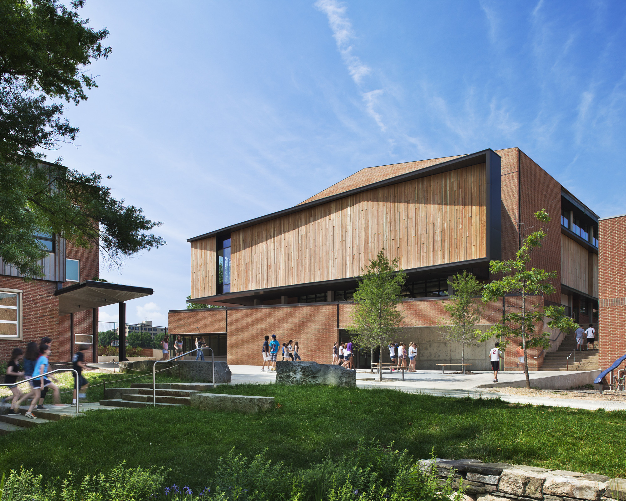 Quaker Meeting House and Arts Center, Sidwell Friends School / KieranTimberlake © Michael Moran/OTTO