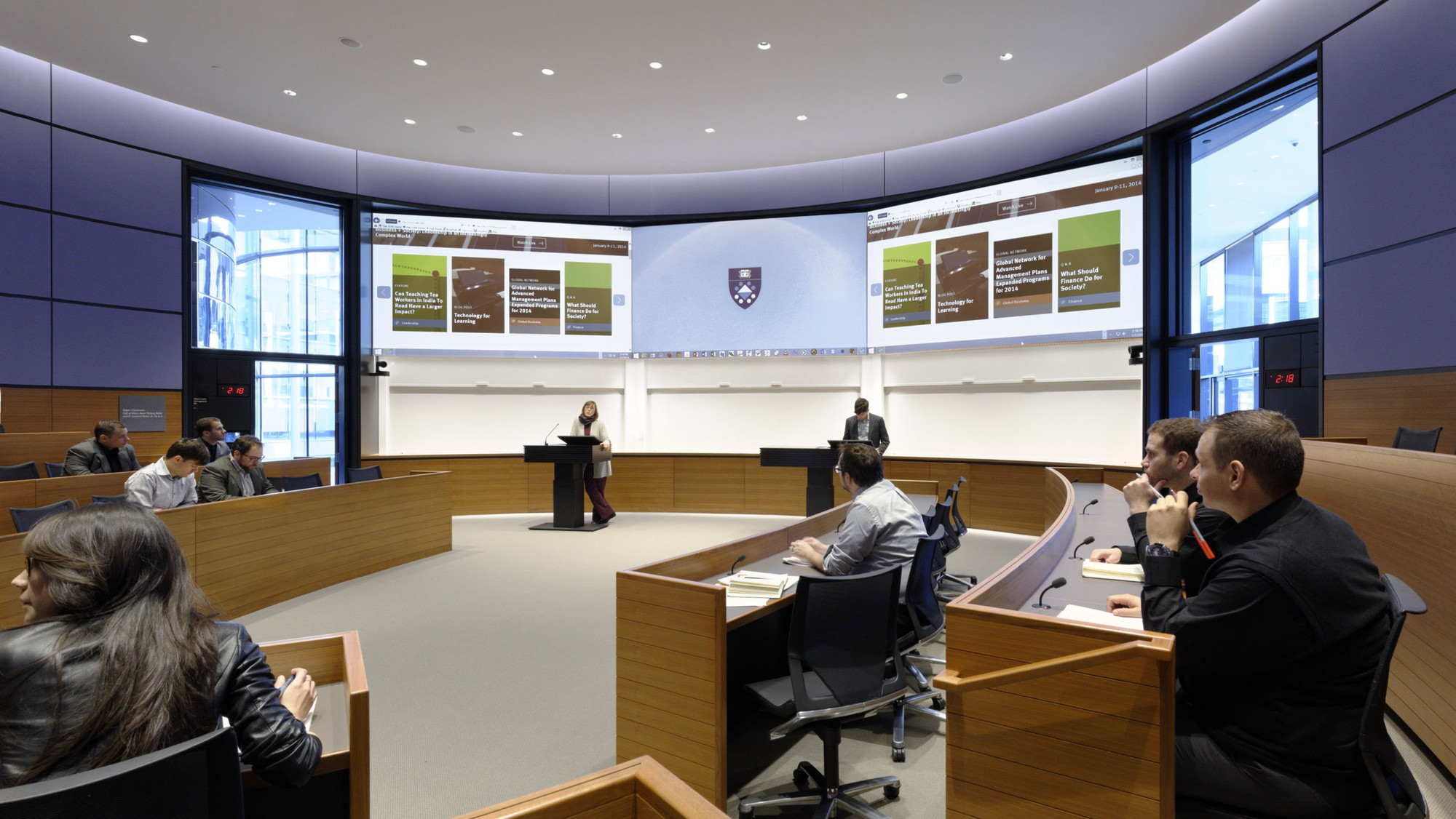 Harvard Classroom Design : Yale school of management foster partners archdaily