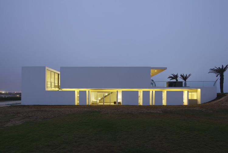 Casa en Playa La Jolla / Juan Carlos Doblado, © Juan Solano