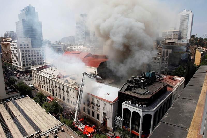 Teatro Municipal de Santiago, Chile. Image © Reuters