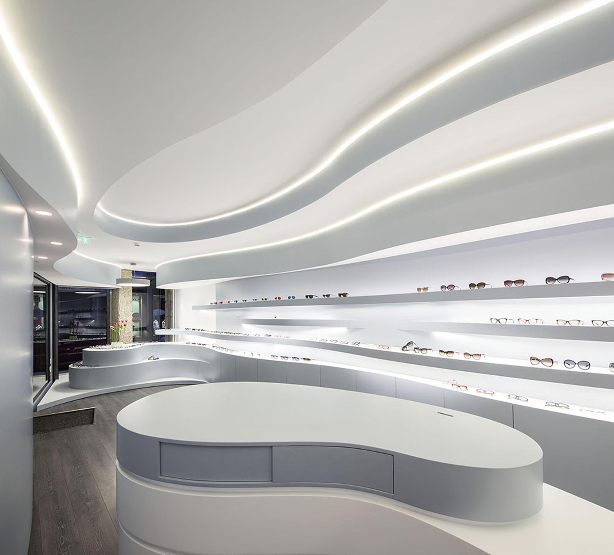 Gallery of novaoptica optic store tsou arquitectos 7 for Optical store designs interior