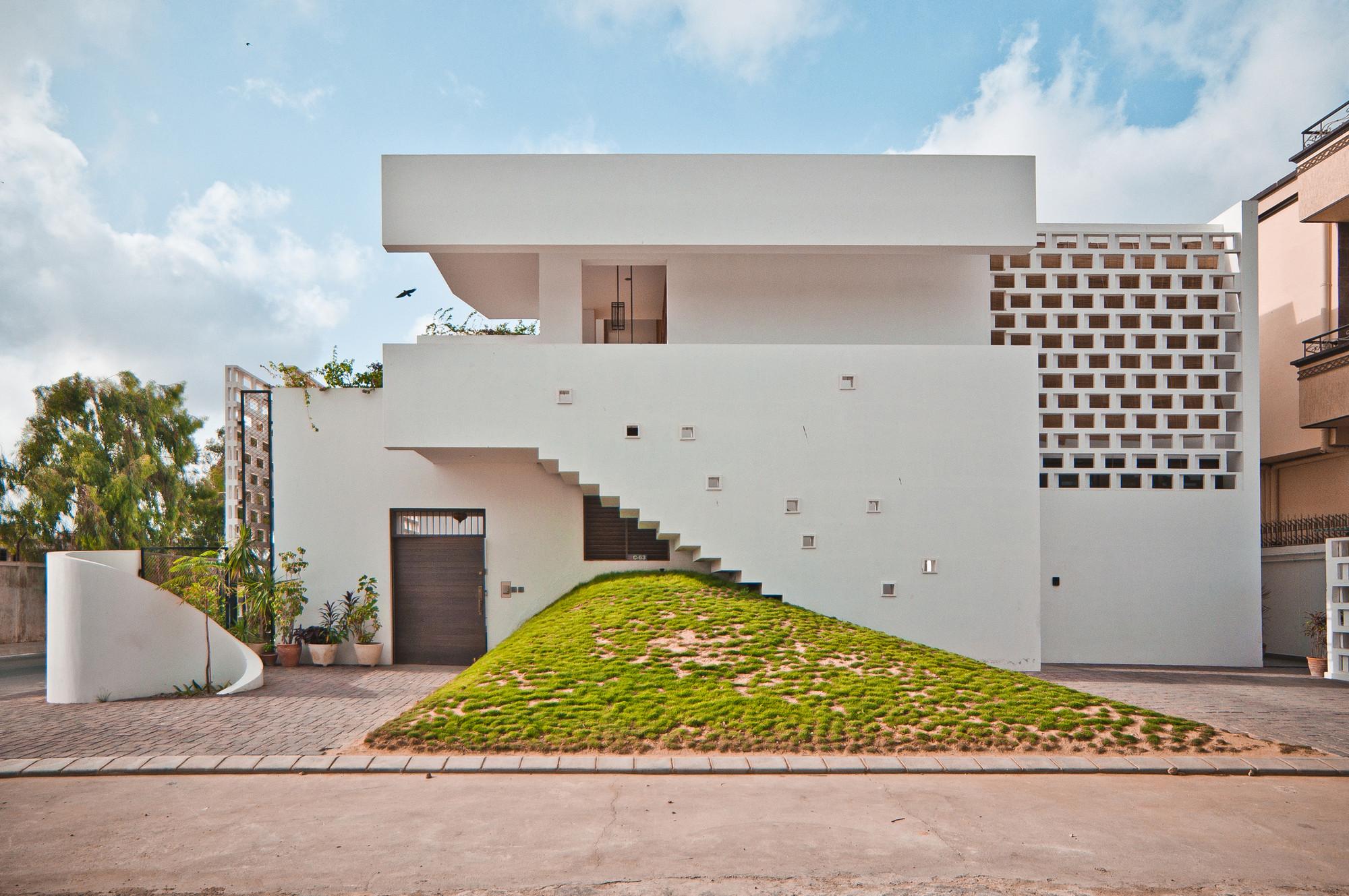 Kapadia Residence / Coalesce Design Studio, © Mustafa Mehdi