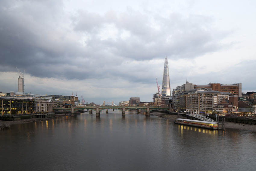 Renzo Piano-Designed Residential Tower Planned to Neighbor the Shard, View of The Shard from Millennium Bridge (June 2012). Image © Michel Denancé